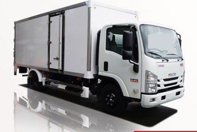Xe tải thùng kín ISUZU, vách composite bảo ôn