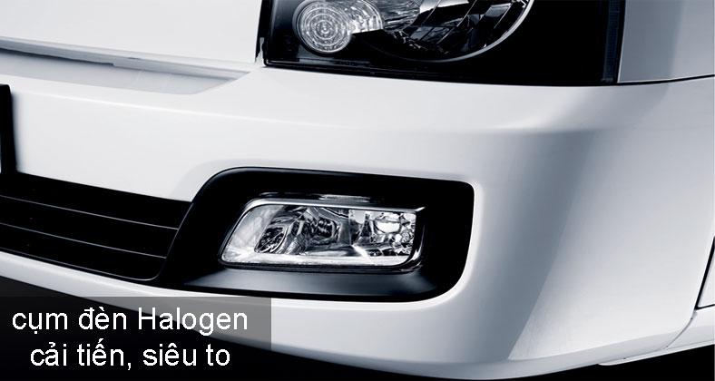 Cụm đèn pha to rõ trang bị trên xe Hyundai