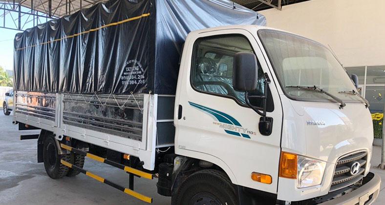 Xe tải Hyundai Mighty 110s 7 tấn thùng mui bạt, mới 100%