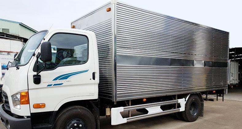 Xe tải Hyundai new mighty 110s 7 tấn, thùng kín inox