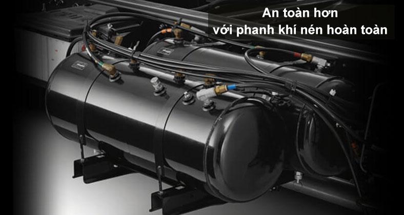 Hệ thống phanh khí nén hoàn toàn, siêu an toàn trang bị trên xe tải ISUZU F Series