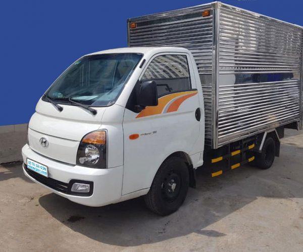 Xe Tải Thùng Kín 1 Tấn Hyundai H150