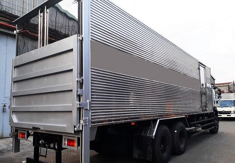 Xe tải ISUZU thùng kín 15 tấn, Địa chỉ đóng thùng đẹp
