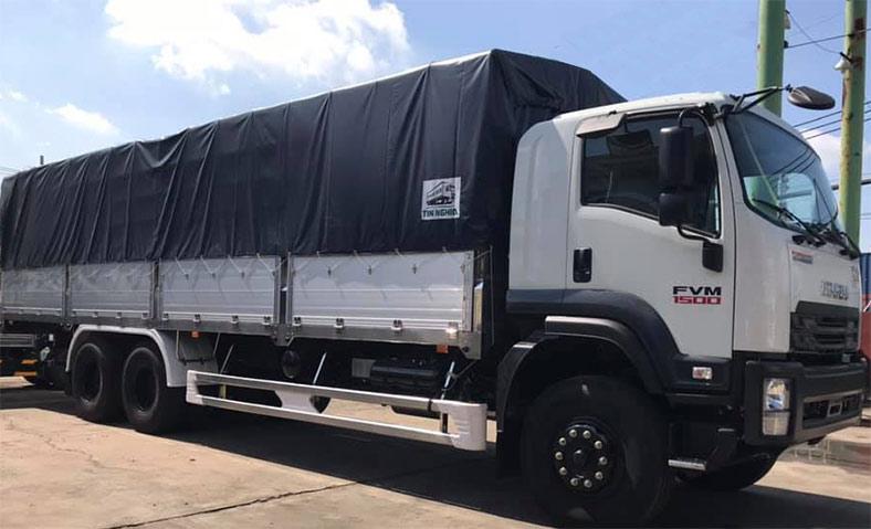 Xe tải ISUZU thùng mui bạt 15 tấn giá rẻ
