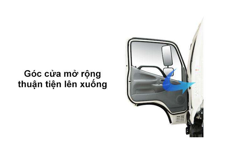Cánh cửa góc rộng trên xe HINO 300