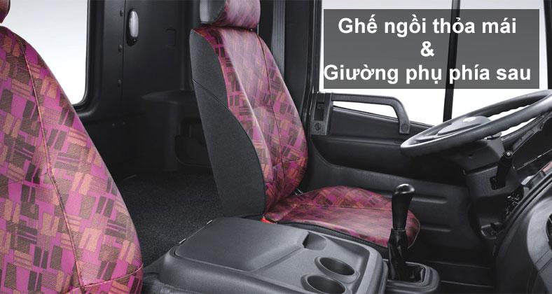 ghe-ngoi-va-giuong-tren-xe-tai-hyundai-15-tan