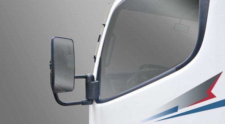 kính chiếu hậu của xe tải Fuso