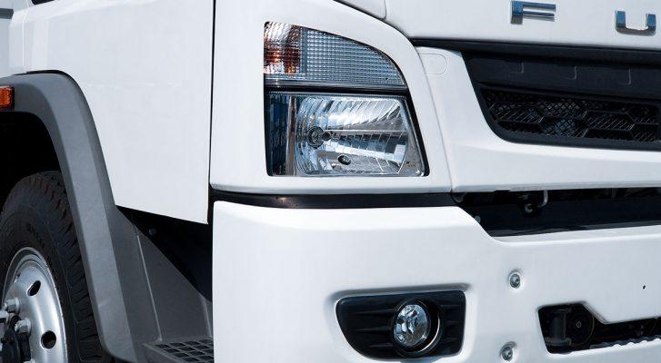 Đèn pha trước của xe tải Fuso