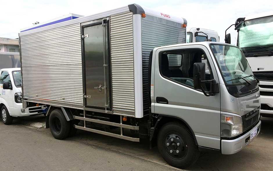 Xe tải 3.5 tấn Fuso canter 6.5