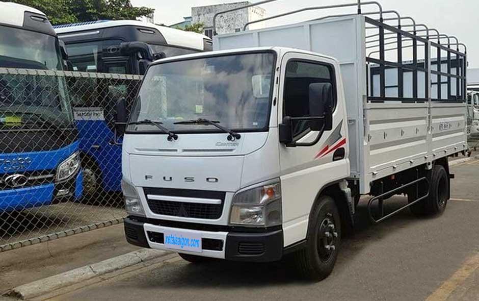 Xe tải Fuso Canter 499 đóng thùng mui bạt 2t5