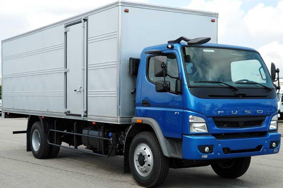 Xe tải FUSO FI thùng dài 6m9
