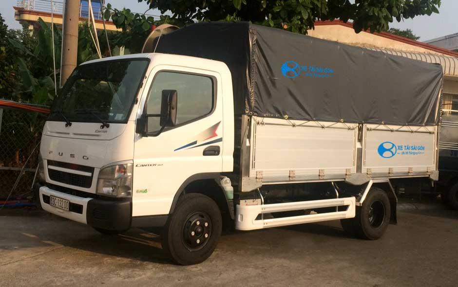 Xe tải Fuso Canter 6.5 thùng mui bạt