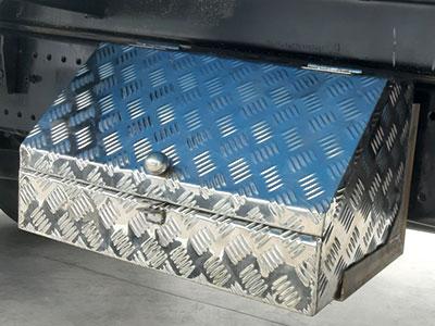 Chụp bảo vệ inox thùng đồ nghề