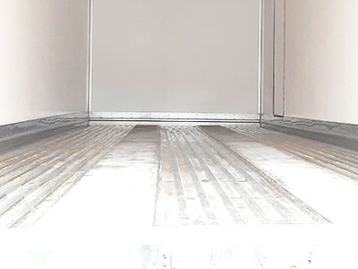 Sàn inox tạo rãnh xe nâng