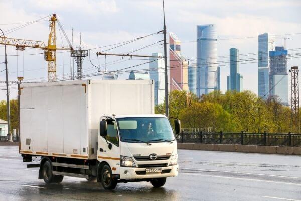 """Xe tải 1 tấn được xem là """"kẻ thống trị"""" đường phố hiện nay."""