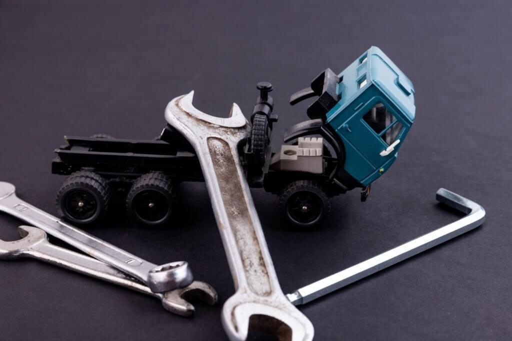 Có cần hiểu hết các chi tiết kỹ thuật trước khi mua xe?
