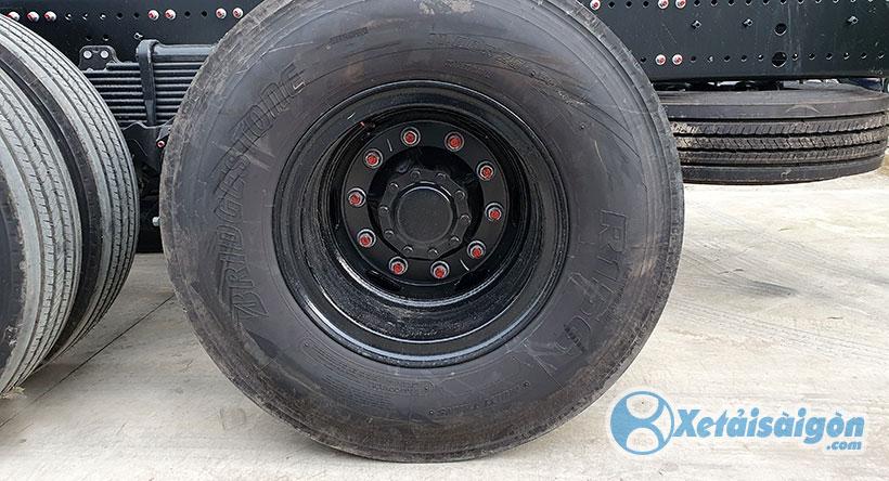 Lốp xe tải Hino 3 chân