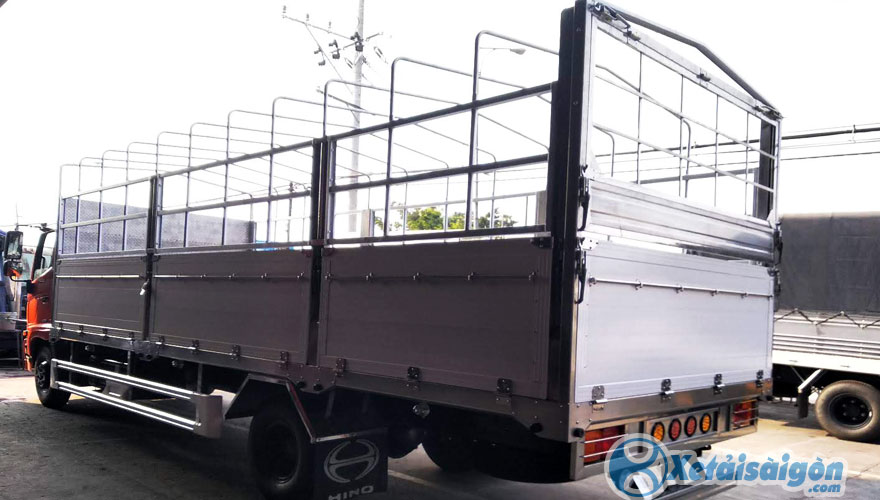 Xe tải Hino 8 Tấn thùng kèo mui bạt