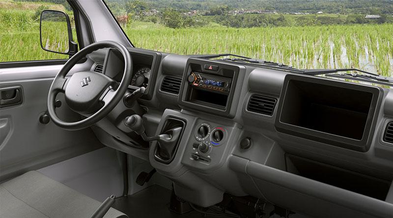 bên trong khoang Xe Tải Suzuki Carry Pro