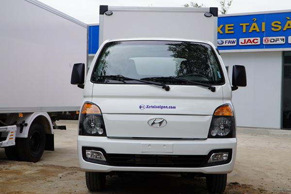 Xe Tải Hyundai H150 Thùng Bảo Ôn