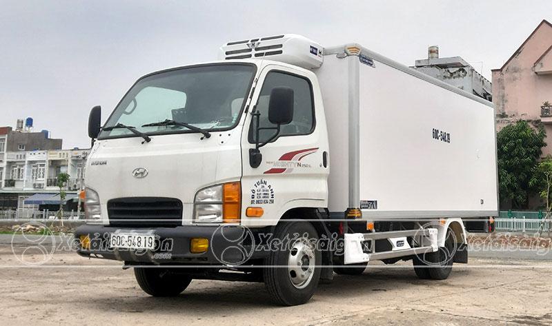 Xe Tải đông lạnh Hyundai N250SL chở con giống