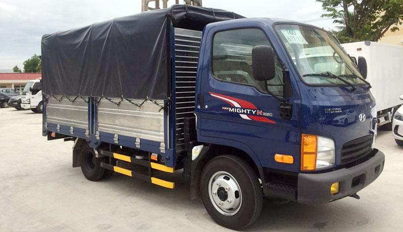 Xe tải Hyundai N250SL Thùng Mui Bạt Bửng Nâng