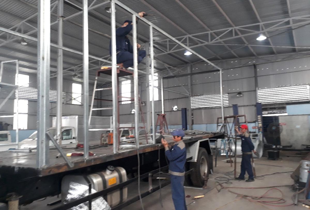 Xưởng đóng thùng hoán cải xe tải tải giá rẻ