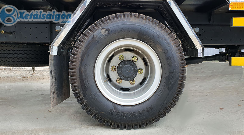 Bộ lốp cầu sau của Hyundai EX8