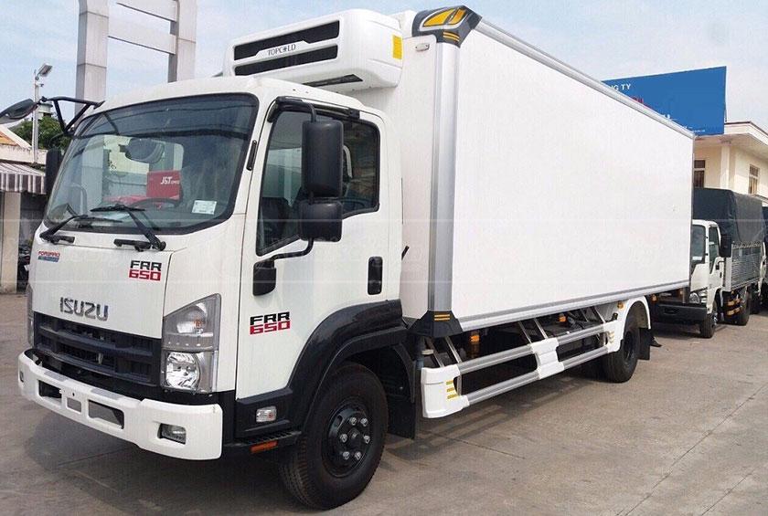 Xe tải Isuzu FRR65 Đông Lạnh 6 Tấn