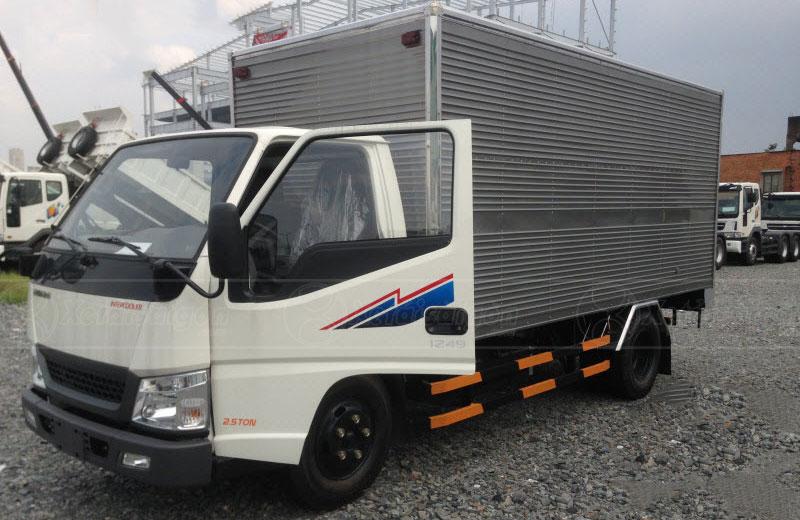 Xe tải Iz49 thùng kín inox