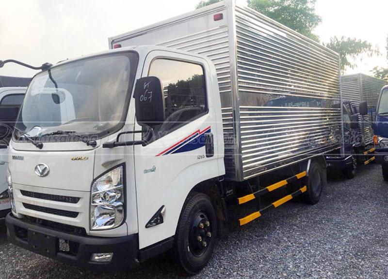 Xe IZ65 thùng kín 3.5 tấn, chính hãng, giá tốt nhất