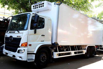 Xe tải Hino FL8JW7A thùng đông lạnh 15 tấn
