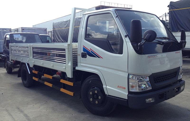 Giá Xe Tải IZ49 Thùng Lửng 2.5 tấn