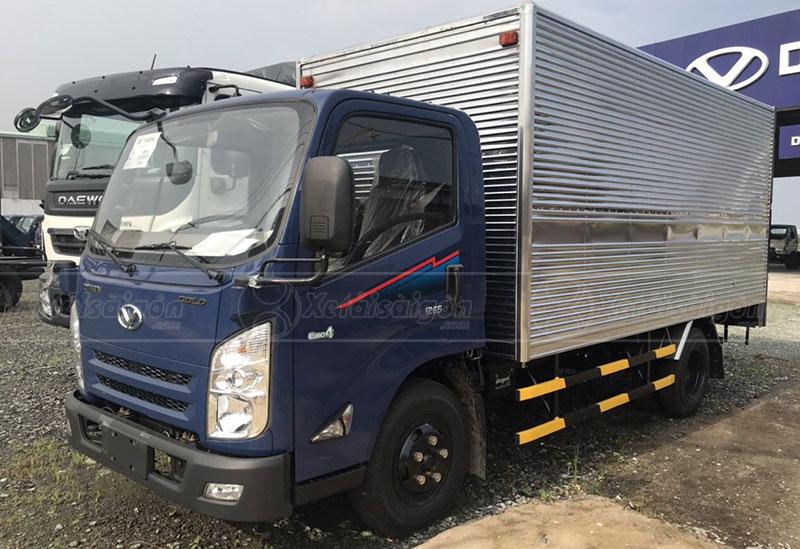 xe tải 3.5 tấn thùng kín IZ65