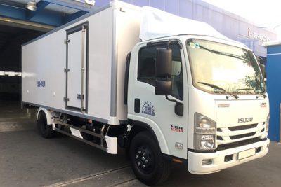 Xe tải Isuzu NQR 550 Thùng Đông Lạnh 5 Tấn