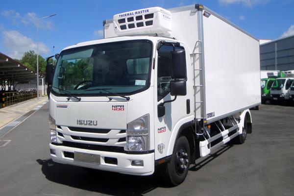 Xe tải ISUZU NPR400 thùng đông lạnh