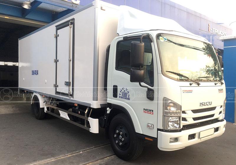 Xe tải ISUZU NPR 550 Thùng Đông Lạnh 5 Tấn