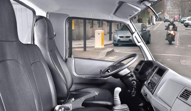 03 ghế ngồi của xe IZ200