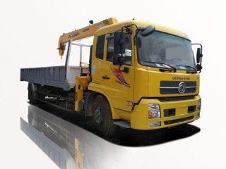 Xe tải Dongfeng L310 gắn cẩu SOOSAN 5 tấn 4 đoạn